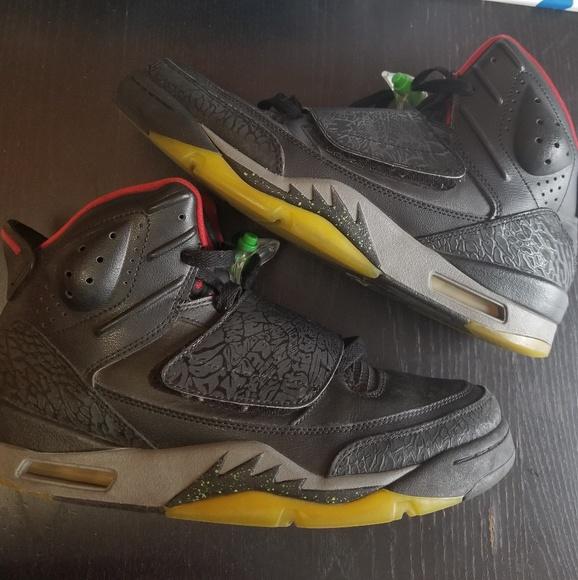 official photos 2cefa 74411 Jordan Other - Jordan Son of Mars Marvin the Martian Sneakers